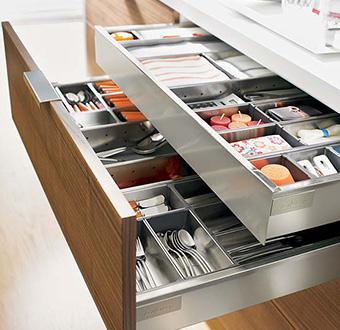 Herraxa for Herrajes para muebles de oficina